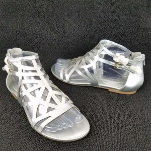 NEW NINE WEST Delicacy Laser Cut Flat Sandals 7.5M